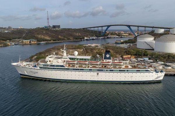 Rougeole sur un navire de la Scientologie: Curaçao tente d'éviter une propagation du virus