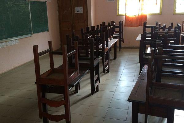 Ecoles fermées au sud