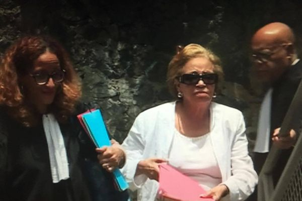 Lucette Michaux-Chevry au Tribunal