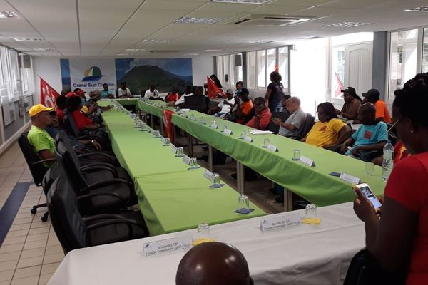 Syndicats et combat ouvrier à la CAGSC