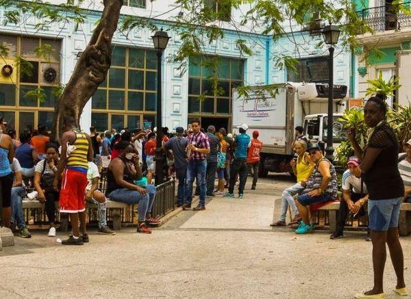 Cuba files d'attente
