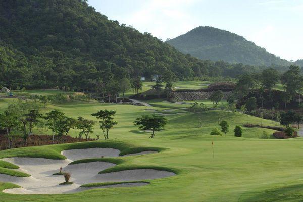 Projet de golf à Caféière Petit Bourg