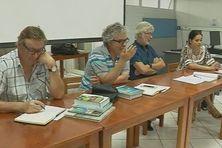 Les scientifiques de l'IRD lors de leur conférence de presse.