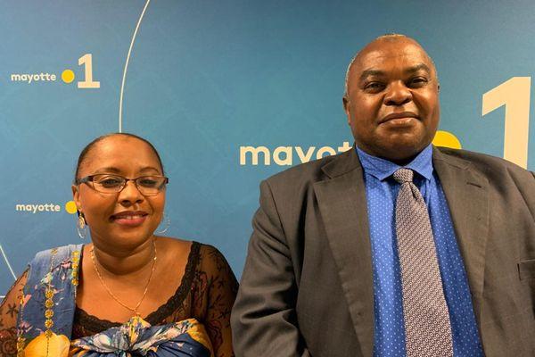 Toianti Ahamadi se présente avec Anturdine Attoumani Mze dans le canton de Dembeni