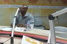 Ary Chalus, le président de la Région Guadeloupe, invité de Politique Première sur Guadeloupe 1ere Radio.