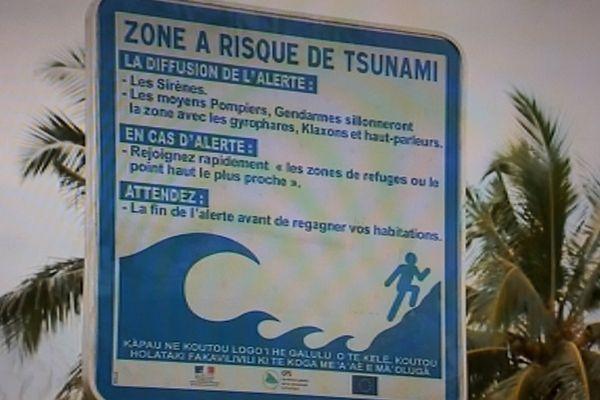 panneau signalisation tsunami Halalo