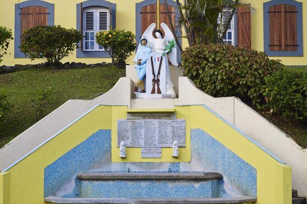 Le monument aux morts du Lorrain en Martinique