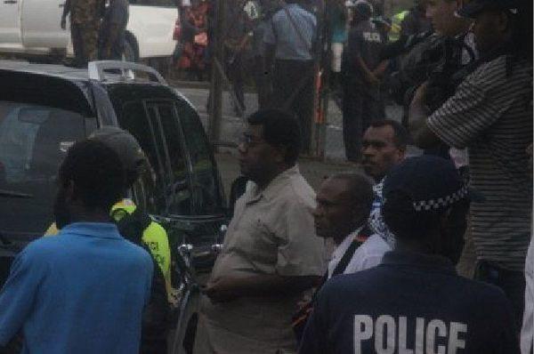 Pipite Marcellino, l'ancien président du Parlement, conduit en prison en octobre 2015.