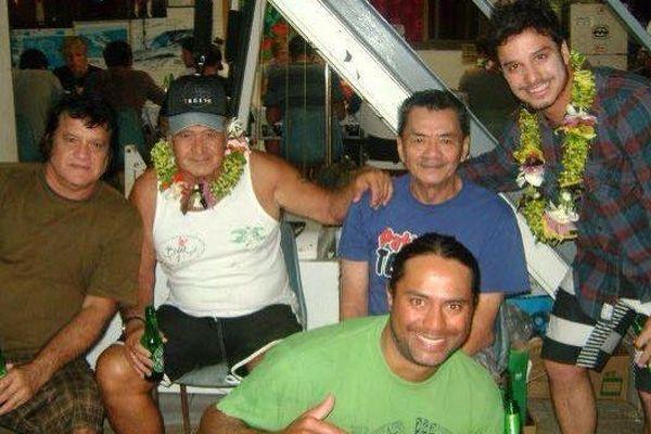 Ricardo Dos Santos avec la famille Maoni