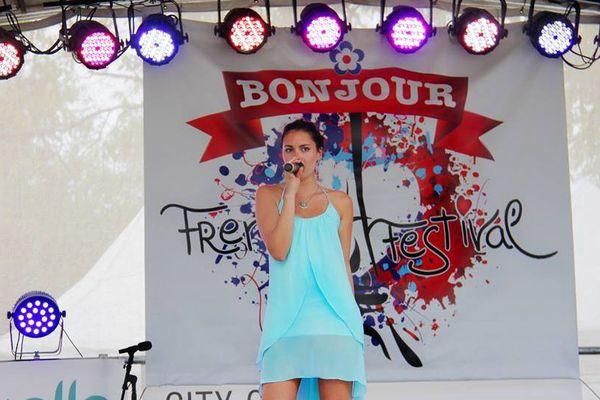 Calédoniens ailleurs : Daphné Maresca, la « voix » de la réussite