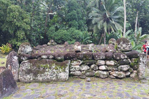 A la rencontre des plus grands tikis de Polynésie française