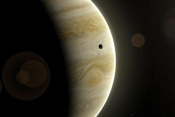 """Douze nouvelles lunes découvertes autour de Jupiter, dont une """"boule étrange"""""""