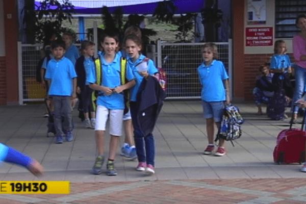 Uniformes scolaires en Nouvelle-Calédonie