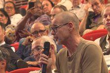 Séance des questions après la présentation du document, vendredi 16 juillet, au centre Tjibaou.