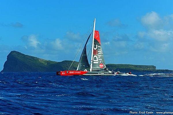 Maxi-catamaran de Francis Joyon 8 novembre 2019