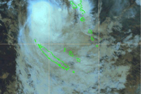 Image satellite de Lucas vers 8 heures