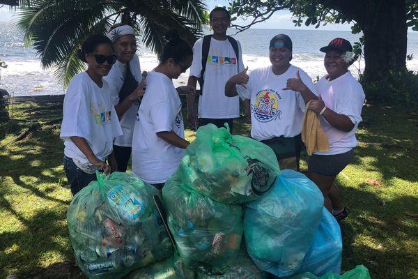 Mahaena : nettoyage plages