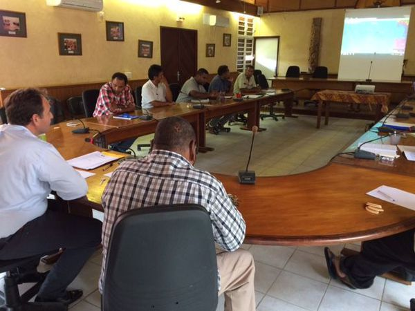 Cyclone Hola réunion de crise Lifou