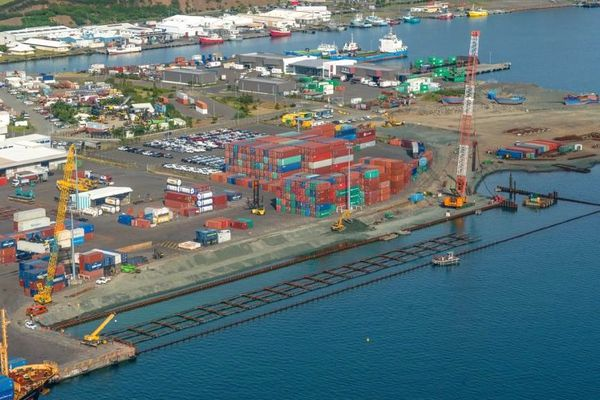 Port autonome, le chantier du poste à quai n°8 à la mi-2018.
