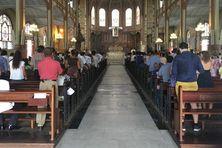 Messe de la toussaint à la cathédrale Saint-Louis de Fort-de-France
