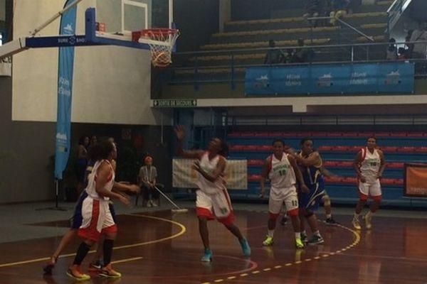 JIOI 2015 basket mada seychelles