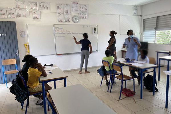Ecole 2