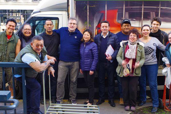 Solidarité : Paris envoie 11 tonnes de vêtements