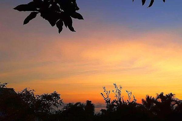 Ciel d'hiver austral au lever du jour août 2019