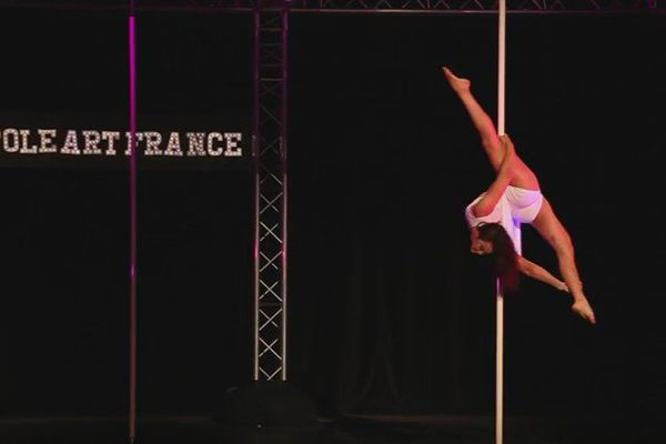 Waimea Taputea championne de France de Pole art