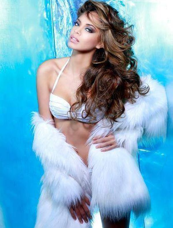9 novembre 2013, Hinarani De Longeaux Miss Univers