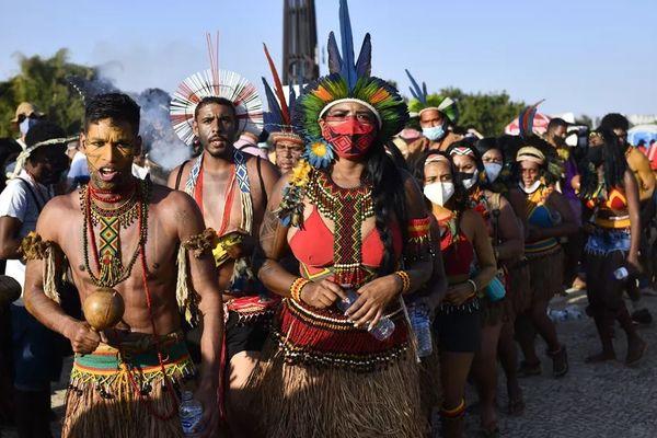 Brésil : les peuples Amérindiens face aux lobbys de l'agroalimentaire