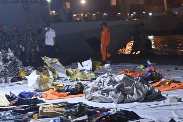 crash avion indonésie