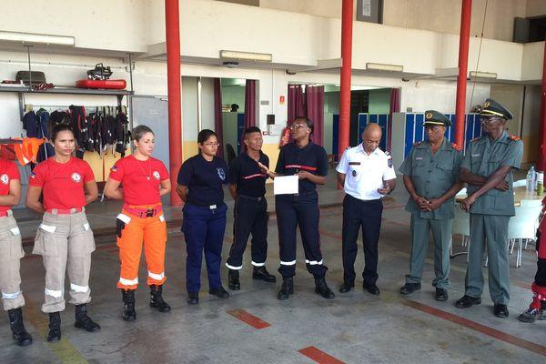 Les pompiers de Guayne, Surinam et Brésil