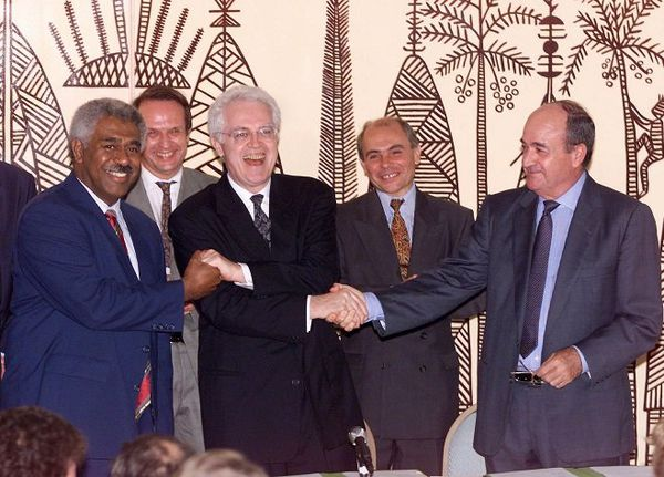 Signature accord de Nouméa