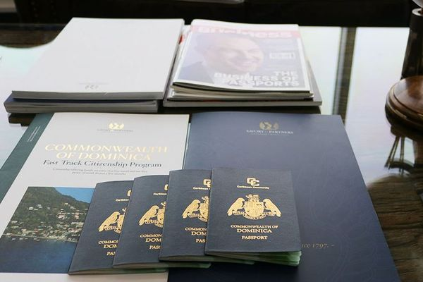 Passeports Dominique