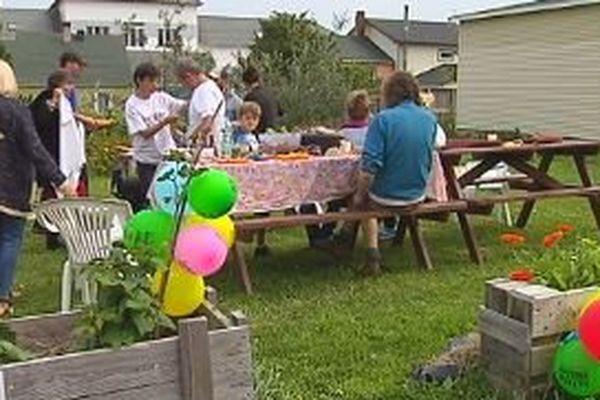 La fête des voisins prend de l'ampleur à Saint-Pierre