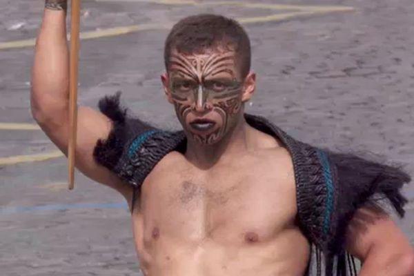 Maori sur les Champs-Elysées le 14 juillet 2016