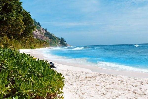 Seychelles plage du Nord 240920