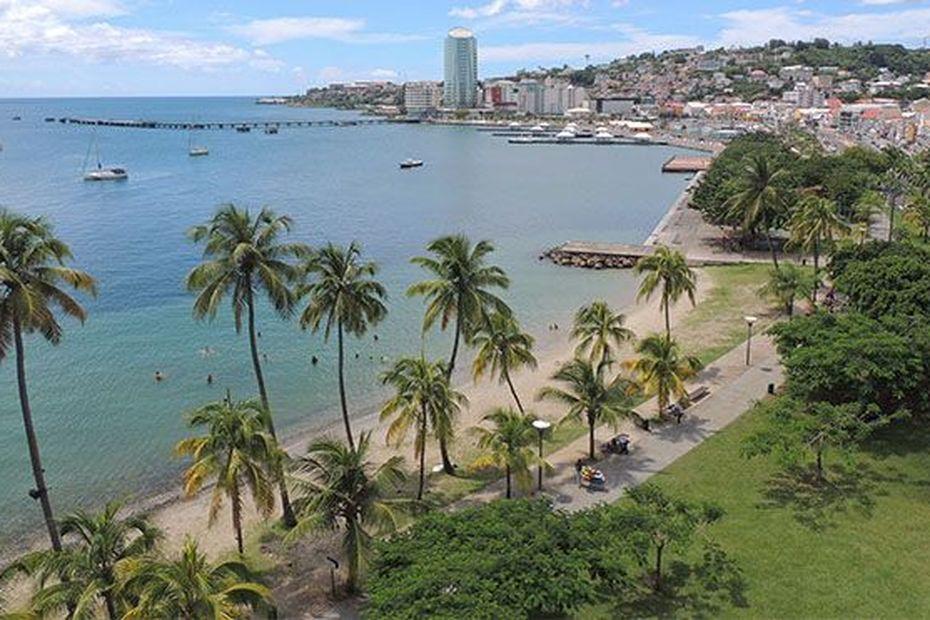 Un crash a eu lieu dans la baie de Fort-de-France ce dimanche matin - Martinique la 1ère