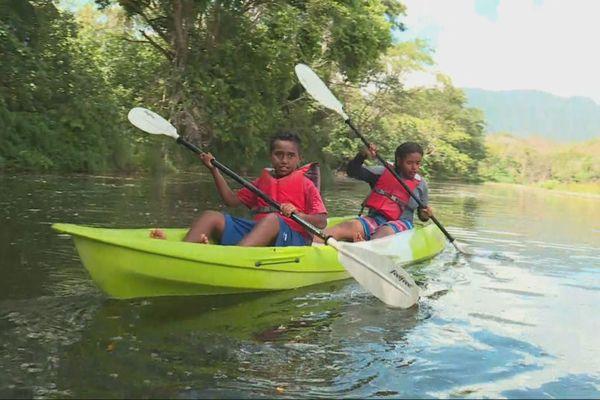 kayak enfants kaala gomen
