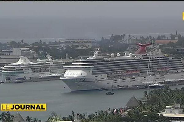 Le « Carnival legend » en escale en Polynésie