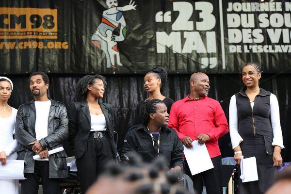 Un spectacle sur l'esclavage avec la Martiniquaise Souria Adèle (tout à droite)