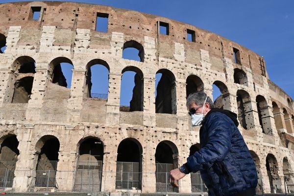 L'Italie est le deuxième foyer de COVID-19 à travers le monde. Tout le pays, y compris Rome, la capitale, vit au ralenti.