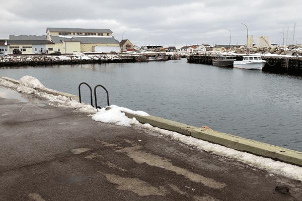 Intérieur du port de Miquelon