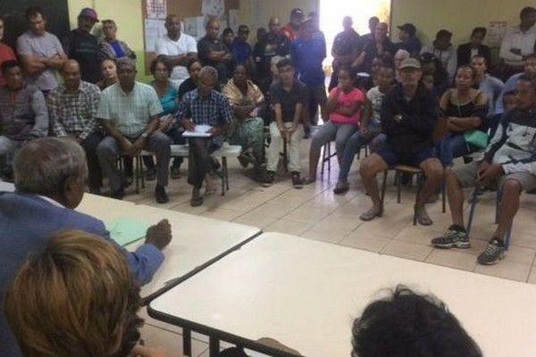 Manif Dioré réunion Virapoullé et habitants 25 05 18