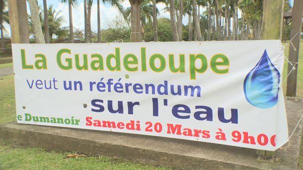 Manifestation pour un référendum de l'eau