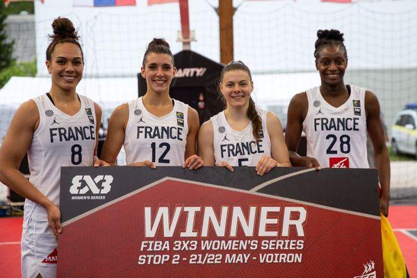 Avec Soana Lucet (à gauche), les Bleues remportent le tournoi FIBA de Voiron.