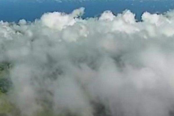 Nuages sur les hauts de l'Ouest de La Réunion