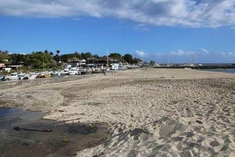 Saint-Gilles-les-Bains : la plage des Roches Noires interdite d'accès pour travaux - Réunion la 1ère - La 1ère