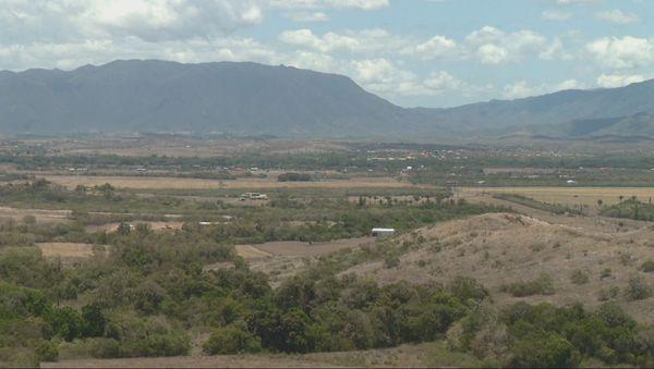 Le massif de Koniambo.